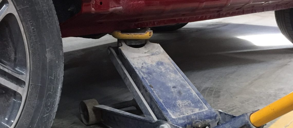 Best Floor Jacks 2019 – Which One is Right for You!